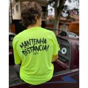 Camiseta Mantenha Distância Amarela (P ao G)